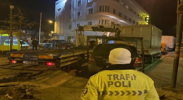 """Edirne'de polisin """"dur"""" ihtarına uymayan 3 sürücü kovalamacayla yakalandı"""