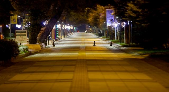Trakya'da sokağa çıkma kısıtlamasında cadde ve sokaklar sessizliğe büründü