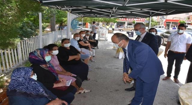 Vali Canalp Edirne'nin nüfusa oranla en çok Kovid19 aşısının yapıldığı il olduğunu bildirdi