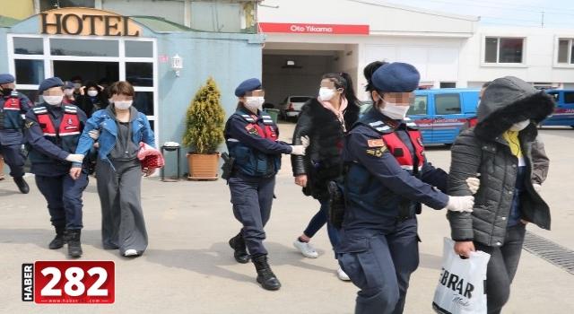 Kırklareli ve İstanbul'daki fuhuş operasyonunda 6 zanlı yakalandı