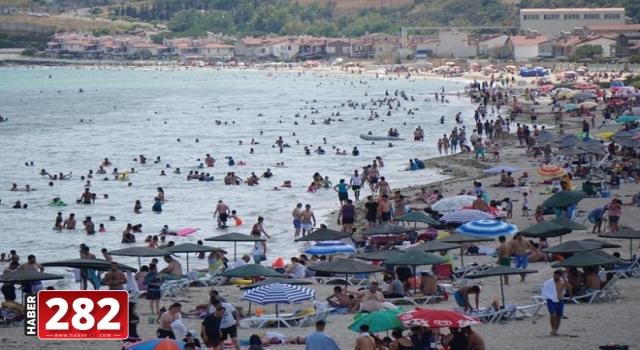 Belediye başkanı tatilcilerden çevreyi kirletmemelerini istedi