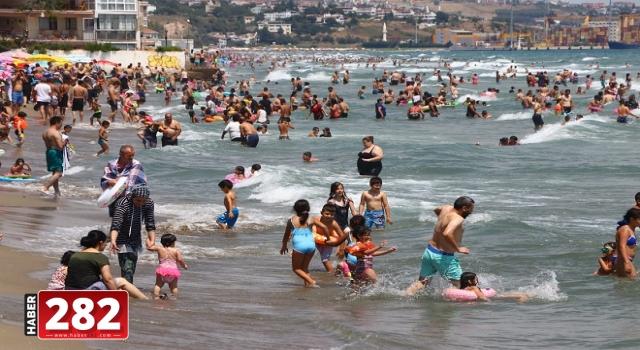 Tekirdağ'da sahillerde bayram tatili yoğunluğu
