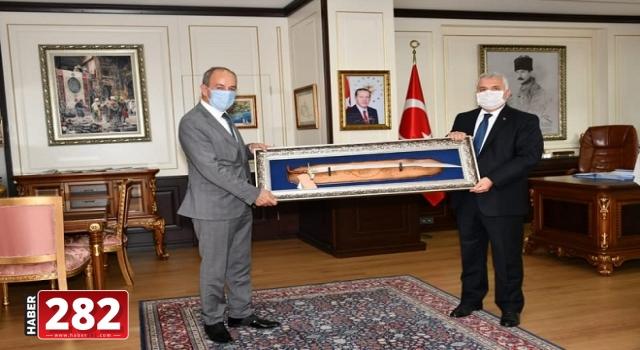 Başkan Ata'dan, Vali Yıldırım'a İade- Ziyaret