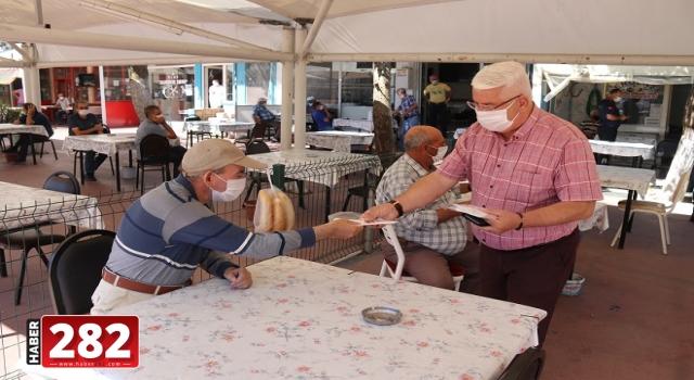 Belediye Ergene'yi Maskesiz Bırakmıyor