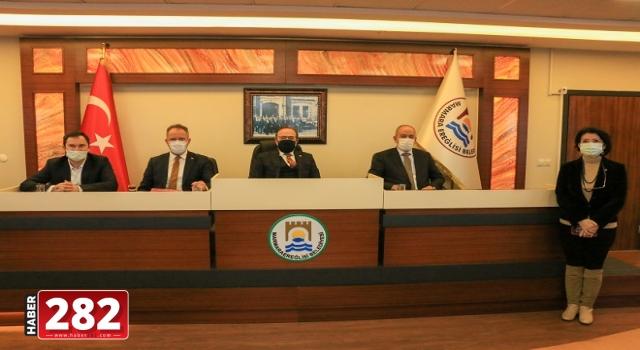 AK Parti Tekirdağ Milletvekili Mustafa Yel Marmaraereğlisi'ni Ziyaret Etti