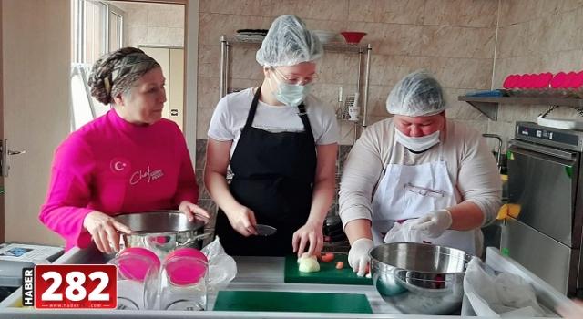 Ergene Belediyesi geleceğin aşçılarını yetiştiriyor