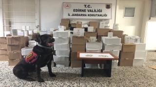 Edirne'de otobüsün bagajında 7 bin 391 kaçak parfüm ele geçirildi