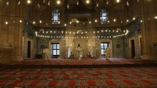 Selimiye Camisi cuma namazı öncesi dezenfekte edildi