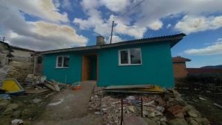 Süleymanpaşa Belediyesi ekipleri ihtiyaç sahibi ailelerin evlerinin tadilatını gerçekleştirdi