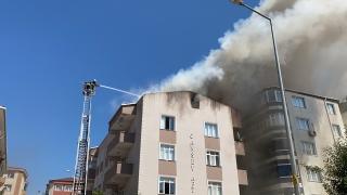 Tekirdağ'da bir binanın çatı katında çıkan yangın söndürüldü