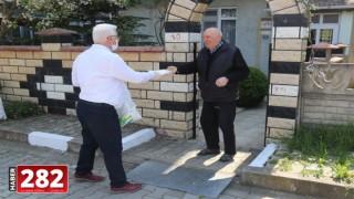 Başkan Yüksel Velimeşe ve Marmaracık Mahallelerinde Kapı Kapı Gezerek Maske Dağıttı