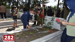 15 Temmuz Demokrasi ve Milli Birlik Günü dolayısıyla Çorlu Şehitliği'nde etkinlik düzenlendi.