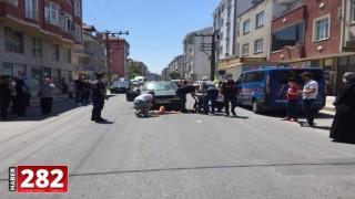 Tekirdağ'da otomobilin çarptığı anne ve kızı ağır yaralandı