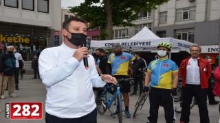 Başkan Sarıkurt 'Dünya Bisiklet Günü'nde Pedal Çevirdi