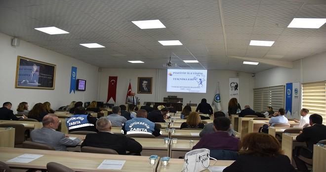 Büyükşehir Belediyesi'nden Vatandaşla Pozitif İletişim Eğitimi